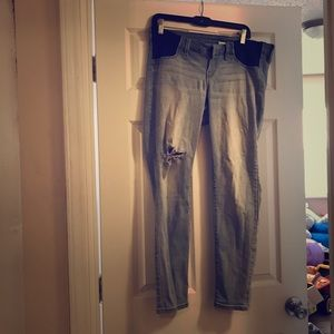In GUC maternity jeans size 10